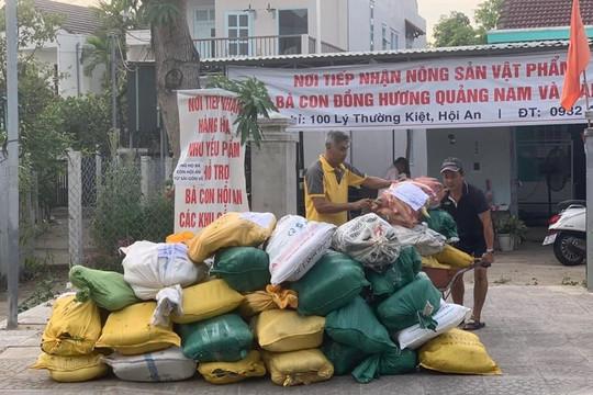 Chùm ảnh: Quà quê xứ Quảng gửi Sài Gòn tiếp sức chống dịch COVID-19