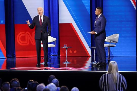 Ông Biden: Trong 10.000 người chết gần đây vì COVID-19 có 9.950 chưa tiêm vắc xin