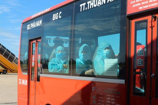 240 người dân Huế từ TP.HCM về quê bằng máy bay