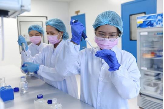 Việt Nam ký kết 3 hợp đồng chuyển giao công nghệ vắc xin COVID-19 với Nga, Mỹ, Nhật