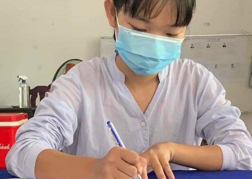 Sóc Trăng: Hàng chục bạn trẻ viết đơn tình nguyện đi chống dịch