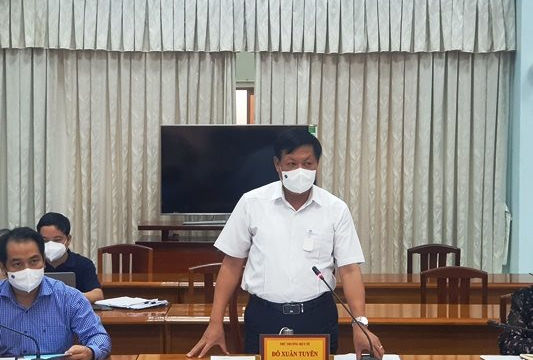 Thứ trưởng Đỗ Xuân Tuyên yêu cầu An Giang thực hiện giãn cách nghiêm, tiêm vắc xin nhanh
