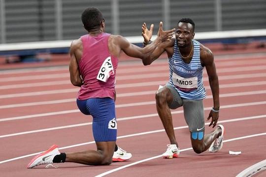 Những cử chỉ đẹp tại Olympic Tokyo còn đáng nhớ hơn tấm huy chương