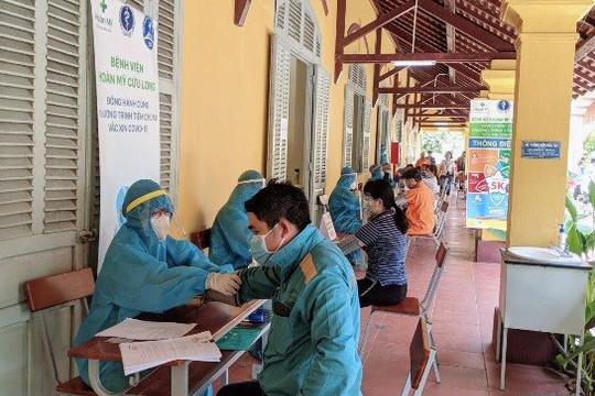 Cần Thơ đã triển khai chiến dịch tiêm chủng ở tất cả các quận huyện