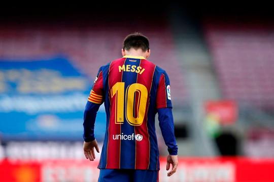 Barcelona thông báo chia tay Messi vì trở ngại tài chính hay chỉ ra đòn gió với La Liga?