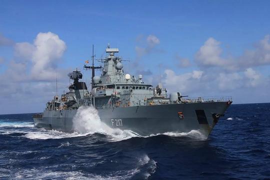 Trung Quốc thận trọng khi Đức điều tàu chiến đến Biển Đông