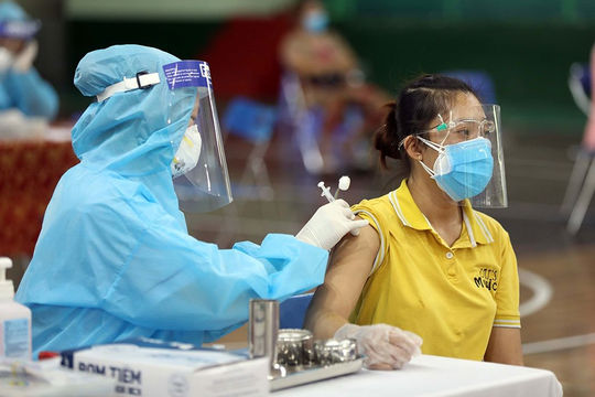Tuyệt đối không để lây lan dịch bệnh khi tiêm vắc xin, xét nghiệm