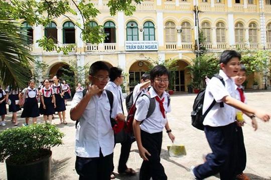 Nhiều học sinh trường chuyên bị loại khi xét tuyển, các phụ huynh sốc nặng