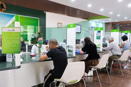 Vietcombank tiếp tục giảm thêm lãi suất tiền vay hỗ trợ khách hàng tại 19 tỉnh, thành phố phía nam