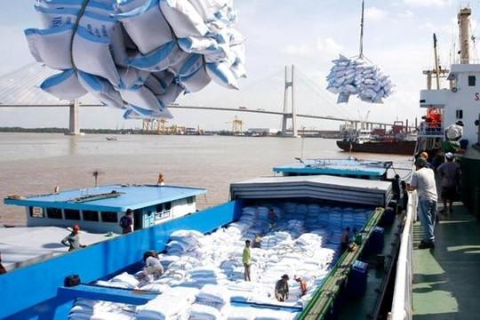 Chính phủ cấp hơn 130.000 tấn gạo cho 24 tỉnh thành giúp dân khó khăn do dịch