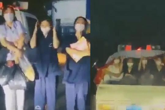 Clip nhóm sinh viên Cao đẳng Y tế Bạch Mai mắc mưa bất ngờ được người ở TP.HCM tặng quà