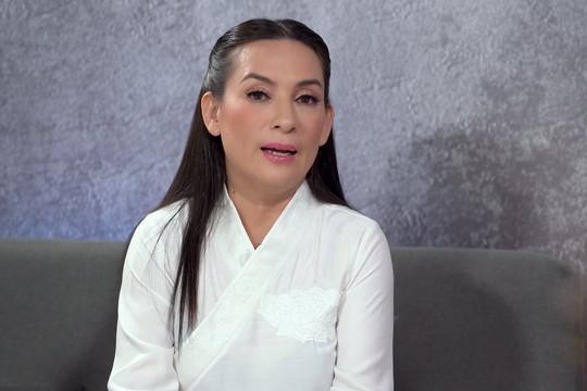 Sức khỏe ca sĩ Phi Nhung đang dần hồi phục