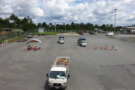 Ô tô vận tải hàng hóa đã thuận lợi 'check in' khi vào các cửa ngõ Cần Thơ