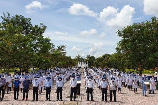 600 sinh viên Đại học Y dược Cần Thơ tiếp sức cho Kiên Giang chống dịch