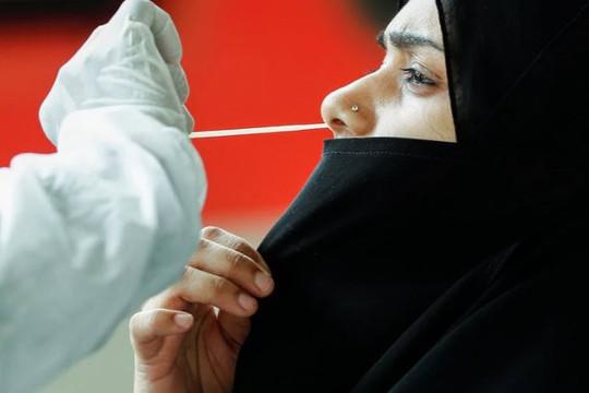 Gần 90% dân ở trung tâm tài chính có kháng thể COVID-19, Ấn Độ cố phá kỷ lục tiêm vắc xin hàng ngày
