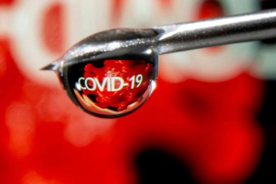 Hầu hết bệnh nhân ung thư đáp ứng tốt với vắc xin COVID-19, chủng mới tăng vi rút trong không khí