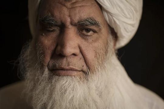 Taliban cho phụ nữ làm thẩm phán, bào chữa việc tái áp dụng hành quyết và chặt tay chân