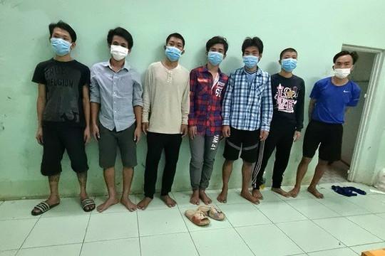 Bắt 7 thanh niên chống người thi hành công vụ trong khu vực phong tỏa, 1 người dương tính