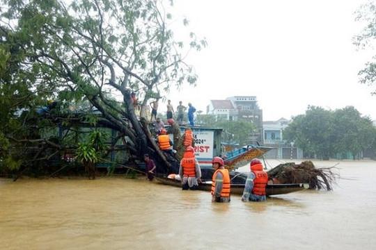 Miền Trung, Tây Nguyên thiệt hại lớn vì mưa lũ