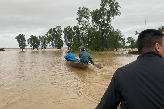Thủ tướng ra công điện về ứng phó mưa lũ tại khu vực Trung Bộ