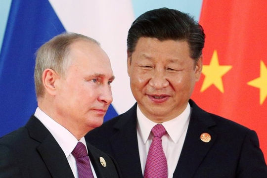 Sau những lời ca ngợi, Trung Quốc tìm cách hất Nga ra khỏi Biển Đông