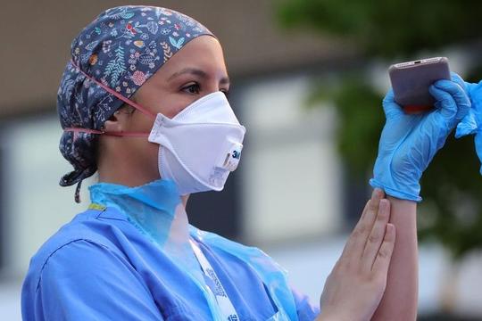 WHO: Đến tháng 5.2021 có thể 180.000 nhân viên y tế toàn cầu đã chết vì COVID-19