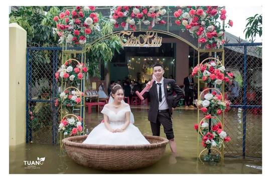 Ngày lụt rước dâu gây bão... mạng